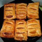 Пирожки из слоеного теста с начинкой из повидла и творога