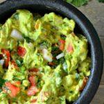 Классический гуакамоле с авокадо - рецепт