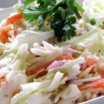 Салат из капусты с луком - рецепт