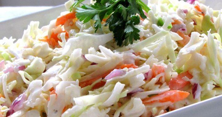 Салат из капусты с луком – рецепт