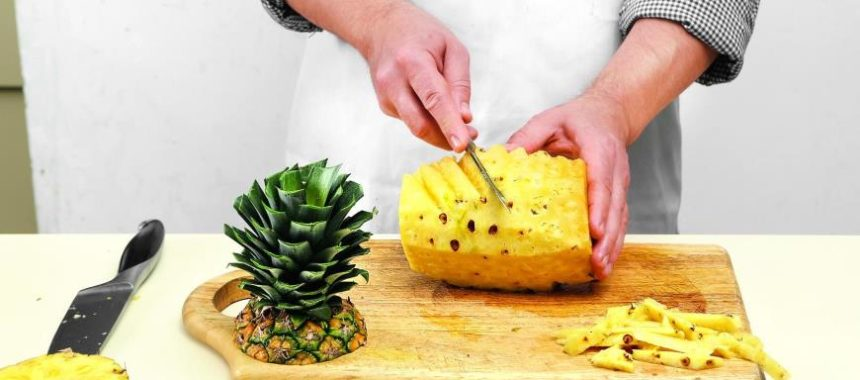 Как разделать ананас?