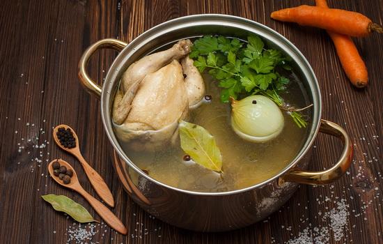 Как приготовить куриный бульон?