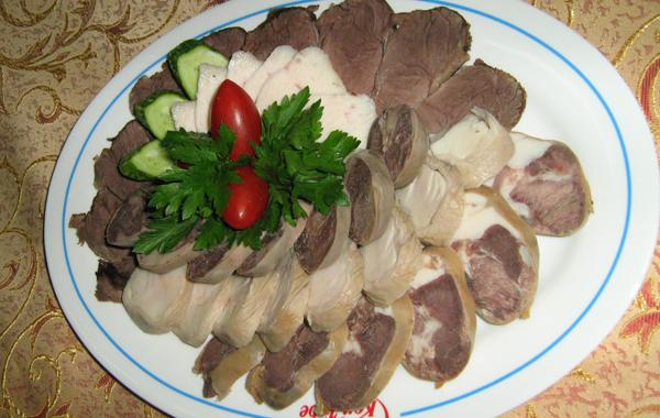 Холодная закуска из конины (казахская кухня)