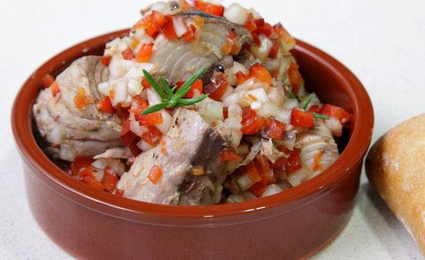Закуска из тунца в маринаде рецепт