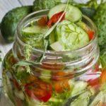 Салат из огурцов «Нежинский» на зиму