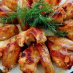 Пряные куриные крылышки с сыром в духовке