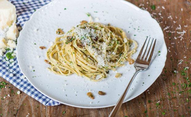 Спагетти с чесноком и маслом рецепт