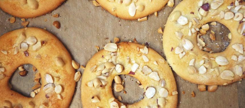 Песочные кольца с арахисом рецепт