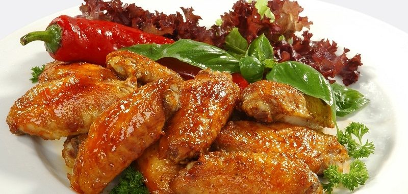 Куриные крылышки с чили и кукурузой по-мексикански