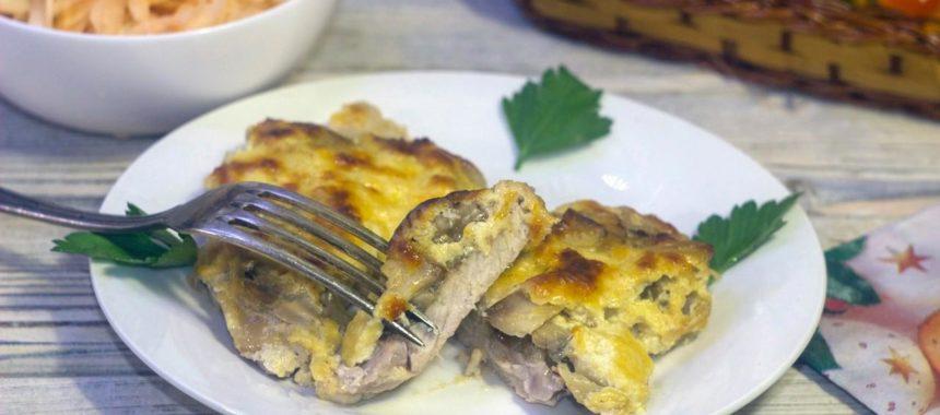 Свинина с грибами в духовке рецепт