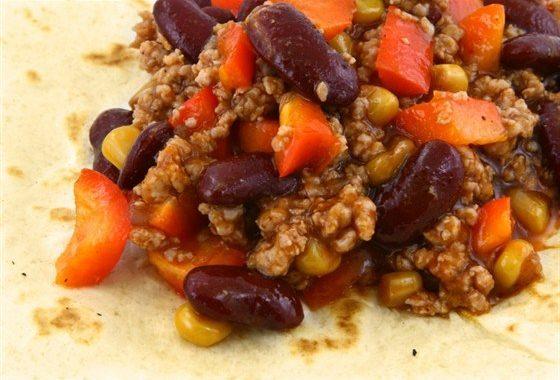 Говядина с бобами и кукурузой по-мексикански