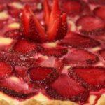 Клубничный пирог в духовке и в домашних условиях