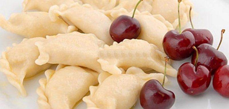 Вареники с ягодами черешни рецепт