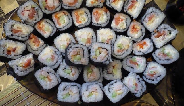 Суши (роллы) с семгой рецепт приготовления