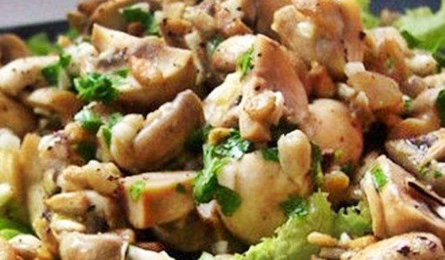 Салаты с грибами – салат с шампиньонами и грибной салат с огурцами рецепт