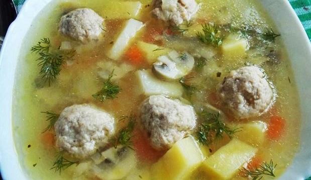 Грибной суп из шампиньонов с мясными фрикадельками рецепт