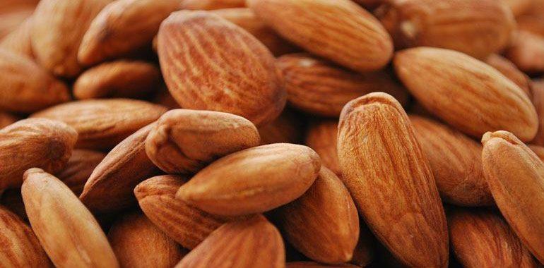 Миндаль – калорийность на 100 грамм