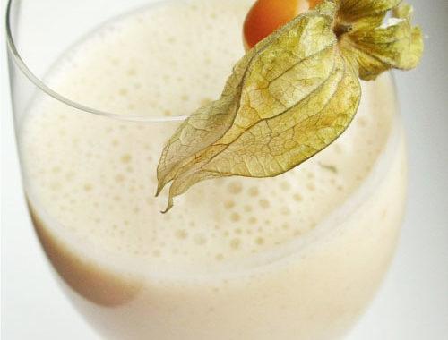 Банановый коктейль с молоком в блендере рецепт