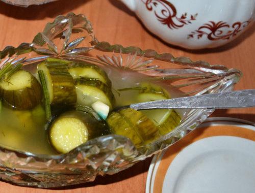 Хрустящие малосольные огурцы с чесноком рецепт приготовления