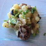 Тушеная картошка с грибами в мультиварке рецепт