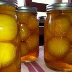 Сладкие маринованные персики, сливы или груши рецепт