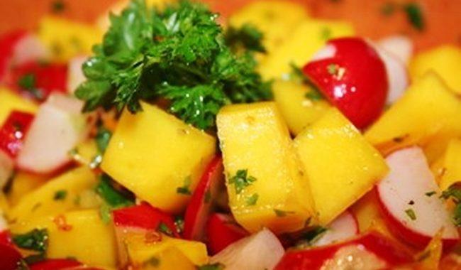 Салат из редиски, манго и яблок рецепт приготовления