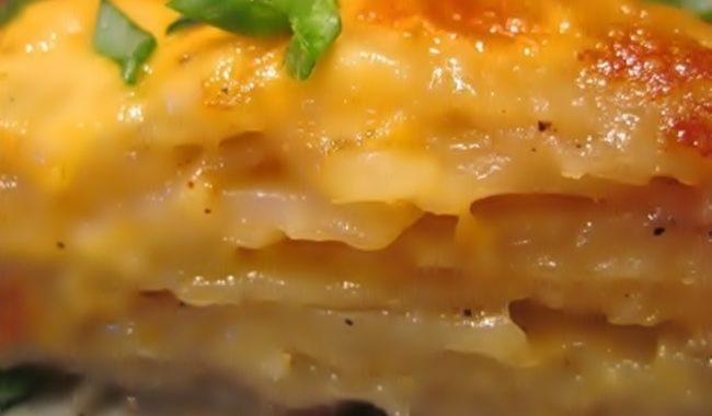 Картофельный пирог с сыром на сковороде рецепт