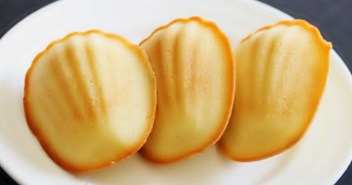 """Кексы """"Мадлен"""" с лимонной помадкой рецепт приготовления"""