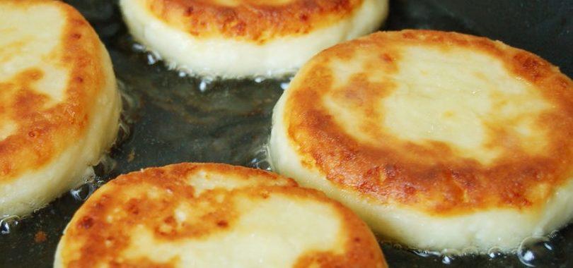 Сырники с яйцом на сковороде рецепт приготовления
