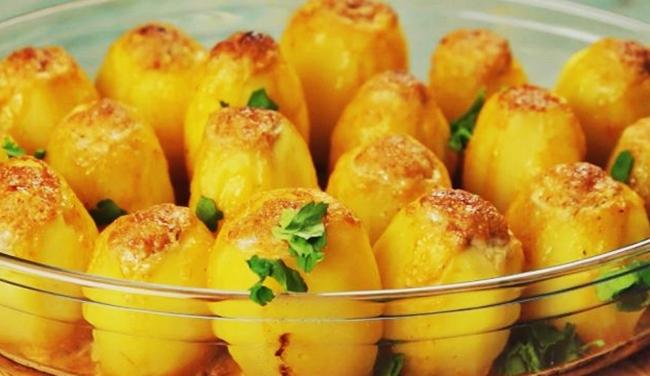 Фаршированный картофель с помидорами и зеленью рецепт