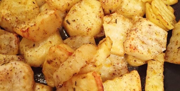 Картофель по-деревенски и свиная отбивная рецепт