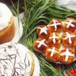 Пасхальная выпечка - крестовые булочки рецепт
