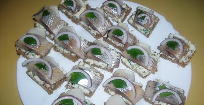 Бутерброды с селедкой рецепт приготовления