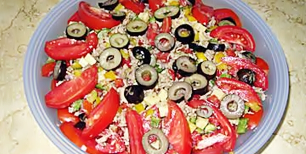Салат из тунца с помидорами рецепт приготовления