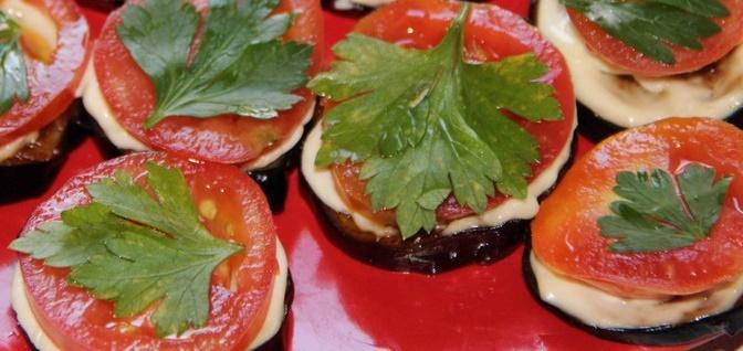 Закуска из баклажанов с помидорами и чесноком рецепт