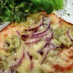 Пицца из французского батона, багета с анчоусами