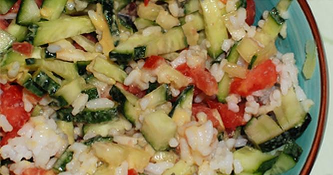 Салат-гарнир из овощей и риса рецепт