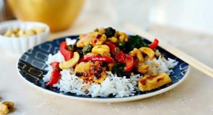 Как приготовить курицу с рисом и овощами