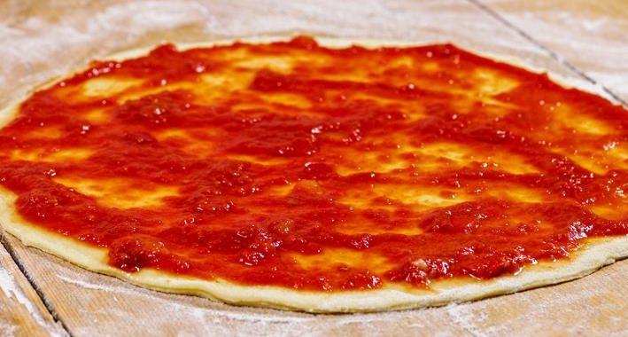 Как правильно приготовить томатный соус для пиццы