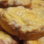 Горячие бутерброды с горбушей - рецепт