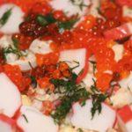 Морской салат с кальмарами и крабовыми палочками – пошаговый рецепт