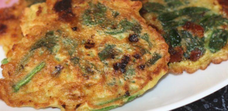 Оладьи с яйцами и шпинатом – пошаговый рецепт с фото