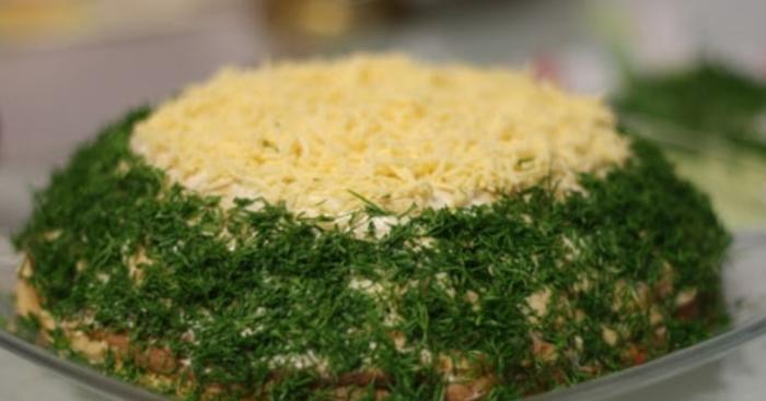 Блинный торт с сыром и печенью – пошаговый рецепт с фото