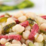 Салат с белой фасолью и колбасой – пошаговый рецепт с фото